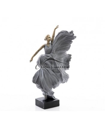 "Decoratiune ""Girl Dancing"""